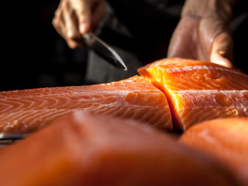 What Should You Look For When Buying Smoked Salmon?